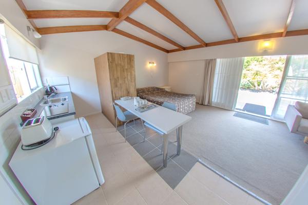 Room1_(2)