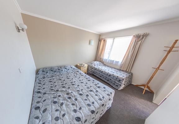 Room2_(1)